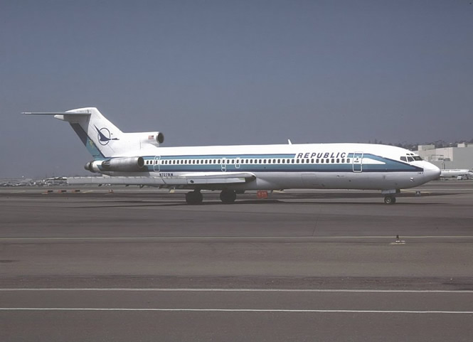 Republic_Airlines_Boeing_727