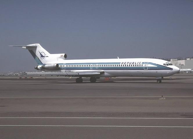 Republic_Airlines_Boeing_727