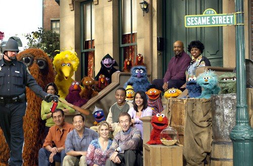 Pepper-spraying-cop-john-pike-spraying-sesame-street