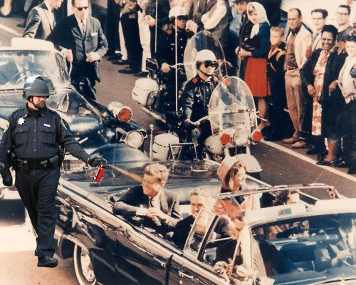 Pepper-spraying-cop-john-pike-spraying-jfk-in-convertible-in-dallas-right-before-being-shot